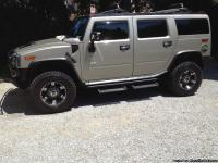 This is a 2006 hummer h2 with everything , custom 20in