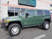 Great color, right options! A well equipped 2006 HUMMER