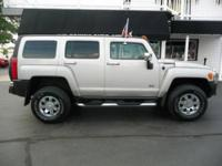 NAVI,HEATED LEATHER FRONT SEATS, SUN ROOF, TOW PACKAGE,