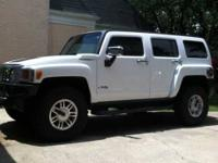 2006 Hummer H3 SUV This is a babied Hummer H3 in
