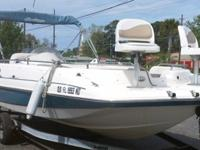 2006 HURRICAN GS 201 FUN DECK BOAT WITH TRAILER IN