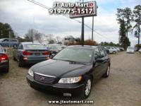 This '06 Azera is a 2 Owner that is accident free. In