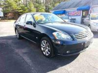 2006 Infiniti M35 Base AWD four door Sedan For