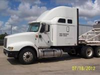 This is a 2006 INTERNATIONAL 9400i 72 inch high rise