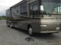 This is a loaded 2006 Itasca Meridian 39K diesel