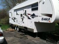 2006 Jayco Eagle 32' 5th Wheel - Very good condition. 2