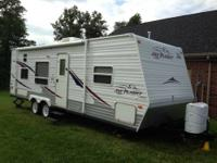 2006 Jayco Jay Flight 27BH, sleeps 8. New Tires in