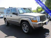 4.7L V8 MPI, 4WD, **CLEAN CARFAX**, and Heated Front
