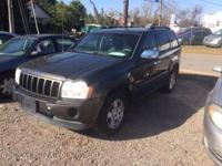 Options:  2006 Jeep Grand Cherokee Laredo 4Dr
