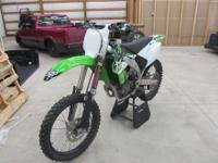 Just in time for Spring! Here is a 2006 Kawasaki KX450F