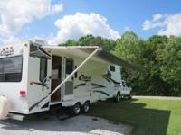VERY NICE 2006 Keystone Cougar rear living double