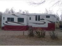2006 Keystone Everest in excellent condition. This