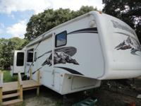 2006 keystone montana 5th wheel travel trailer-NADA