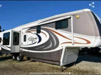 2006 Keystone Cambridge M358RLS 5th Wheel. Length 39FT-