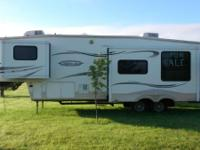 2006 Keystone Montana Mountaineer 336RLT. This lovely