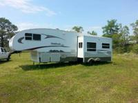 2006 Keystone Outback M32RLDS. 32 Feet in length-