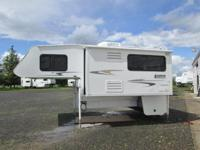 2006 Lance Max 1181 Camper with slideout and generator