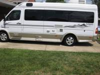 Up for sale is a 2006 Leisure Travel Van Free Spirit