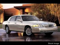 Options:  2006 Lincoln Town Car Signature|Miles: