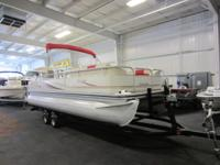 NICE 2006 LOWE SUNCRUISER 222 TRINIDAD WITH ONLY 147