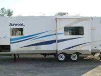 2006 McKenzie Starwood SL travel trailer with