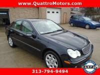 Leather, sunroof. Grand and graceful, this 2006