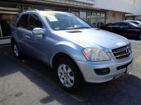 Great SUV at a great price! This Mercedes looks good