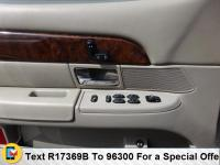 Take command of the road with this 2006 Mercury Grand