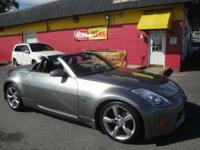 BEAUTIFUL 2006 NISSAN 350z W/ ALL LEATHER INTERIOR,