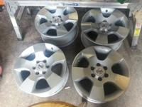 I have for sale a 2006 nissan frontier rims and I want