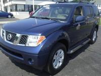 JUST TRADED IN! This 2006 Nissan Pathfinder is