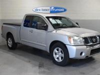Extended Cab **LOCAL TRADE**, CD PLAYER / MP3 PLAYER,