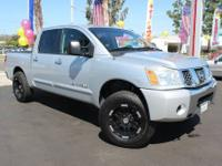 2006 NISSAN TITAN @@ CREW CAB SE @@ LOW MILES AND