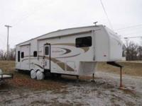 2006 Nu Wa HitchHiker II LS Considered to be fully self