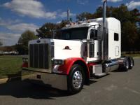 "Up for sale is a 2006 Peterbilt 379 EXHD 70"" 550 Cat 13"