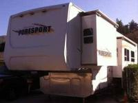 2006 Pilgrim Puresport Toy Hauler This lovely 40 foot
