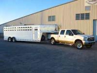 2006 Platinum horse/stock trailer. 24 Feet on the floor