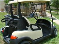 Excellent Condition Precedent Club Car golf cart. Very