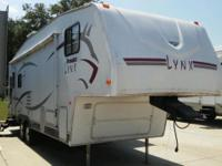 2006 PROWLER LYNX - REAR LIVING FIFTH WHEEL THIS CAMPER