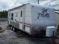 2006 Puma PalominoTravel 25.9ft. Double entry doors