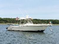 2006 Pursuit 3070, 30.7 feet Center Console Family and