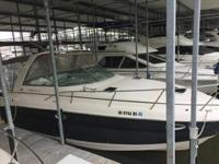2006 Rinker (Only 206 Hours!) FOR QUESTIONS CONTACT: