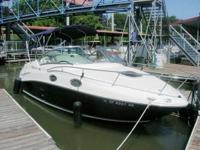 Stunning 2006 blue-hulled Sea Ray Sundancer ... simply
