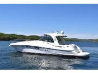 This 2006 Sea Ray 520 Sundancer has spent its whole