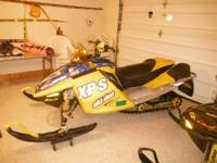 2006 skidoo 800 HO XPS always trailered in a enclosed
