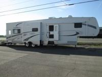 2006 Sportster Toy Hauler..37ft..3 slides, gen, fuel