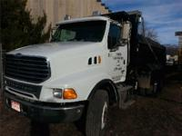 2006 STERLING LT9500, 105,000 miles, Automatic