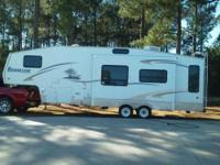 2006 Sunnybrook Brookside. This 5th wheel is fully self