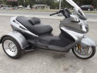 2006 SUZUKI BURGMAN 650CC TRIKE ONLY 4800 MILES ON IT