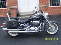 This is a beautiful 2006 Suzuki Boulevard C-50T with